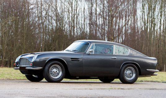 1970 Aston Martin DB6 Mk2
